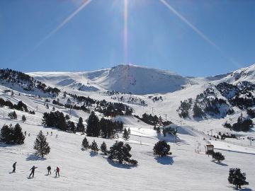Grandvalira; fin de curso esquiando en los pirineos